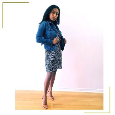 mom posing in fashion outfit
