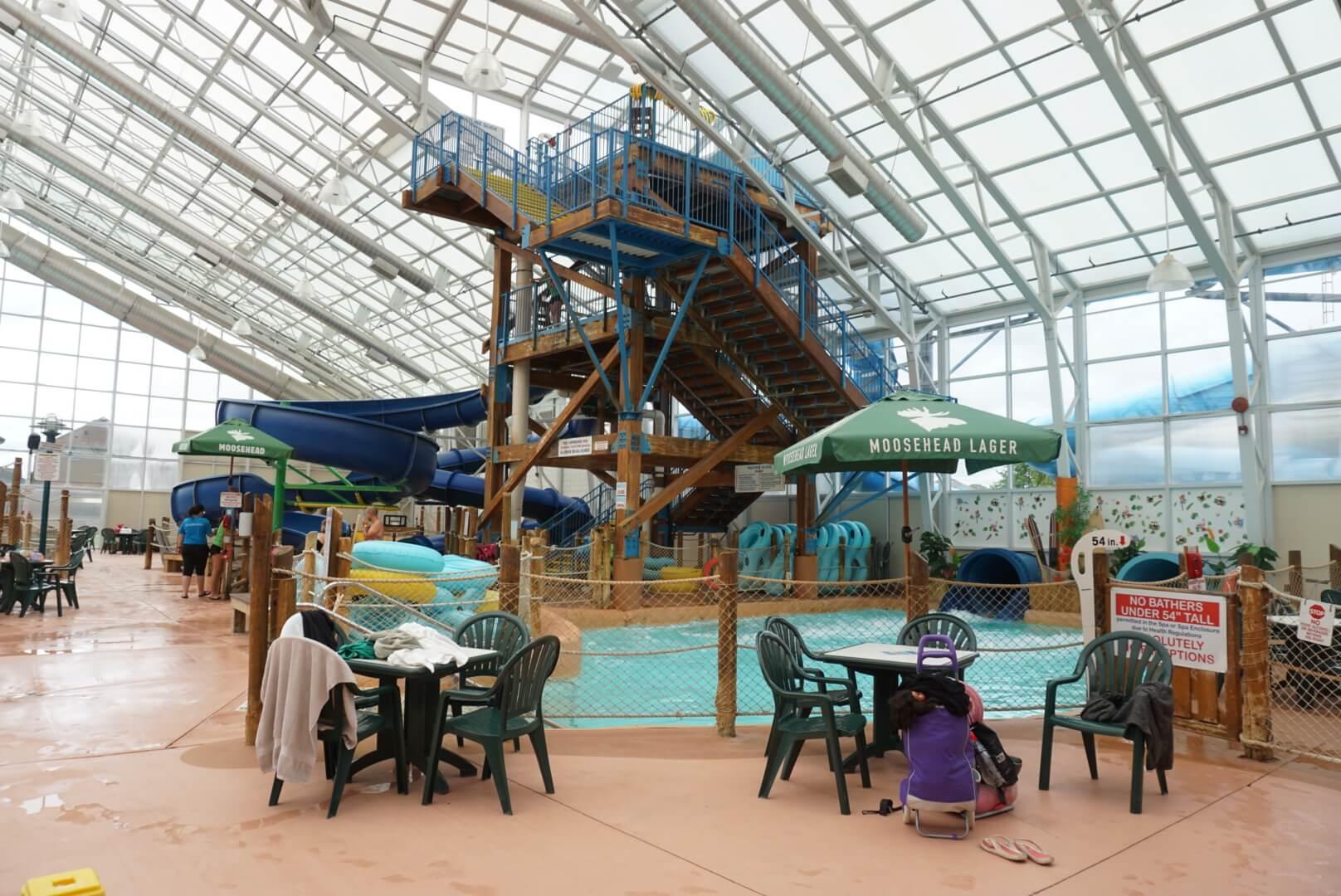 Baby and Toddler friendly Waves water park Niagara Falls