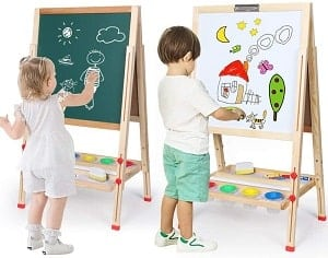 toddlers playing with art toys